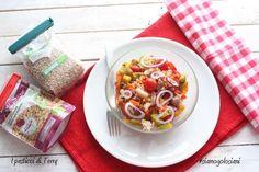 Il caldo vi toglie la voglia di cucinare? Volete un piatto da mangiare freddo o tiepido? Vi suggerisco questo piatto leggero e gustoso, con tante vitamine. Perchè noi #siamogolosiani http://www.ipasticciditerry.com/farro-fagioli-peperoni/