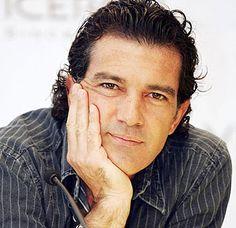 antonio banderas | El actor español estuvo en México para la premiación de un concurso ...