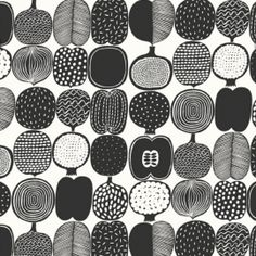 Kompotti Black White - Marimekko Wallpapers - A fun, bold fruit motif design with outlines of fruit cut in half, including apples. Shown here in the metro classic, black and white colourway. Paste the wall. Please request sample for true colour match. Marimekko Wallpaper, Pattern Wallpaper, Food Wallpaper, Wallpaper Online, Textures Patterns, Print Patterns, Pattern Art, Black And White Wallpaper, Black White