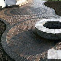 Ideas Backyard Paver Patio Ideas Decor For 2019 Paver Stone Patio, Paver Stones, Brick Pavers, Concrete Patio, Driveway Pavers, Restaurant Patio, Backyard Patio Designs, Patio Ideas, Pergola Patio