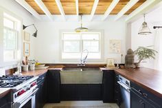 Ceiling treatment. Could we do that? A Major Home Makeover That Got Everything Right #refinery29  http://www.refinery29.com/remodelista/1#slide6