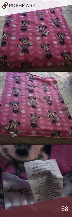 Minnie throw blanket Pink and black approx 43 in long and 32 1/2 wide last pic is only flaw I've found Other
