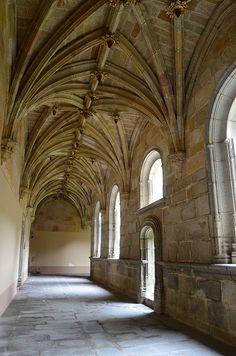 Real Monasterio de Santo Tomás  Claustro del Silencio,  Avila  Spain