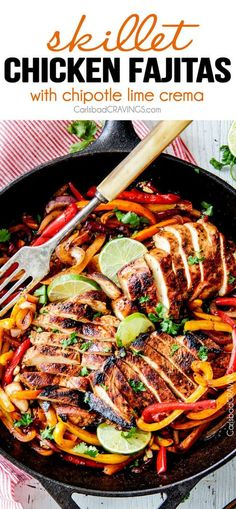 easy Skillet Chicken Fajitas - these are the BEST chicken fajitas! the marinade is seriously the best I've ever tried - better than any restaurant! My family LOVES these this filling so much we also u (Chicken Fajitas) Turkey Recipes, Mexican Food Recipes, Chicken Recipes, Dinner Recipes, Ethnic Recipes, Chicken Meals, Healthy Chicken, Chicken Fajita Rezept, Chilis Chicken Fajita Recipe