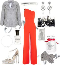 Holiday Chic. Festive outfit inspiration ft. Roland Mouret, Kaviar Gauche, Victoria's Secret I Style By Charlotte - German Fashion & Lifestyle Blog. #blush #gold #christmas #nye
