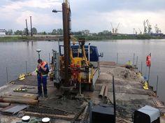 N-GEO Badania Geologiczne Niedziółka wykonała kontrolne badania geotechniczne z wody, dla budowy Mostu Brdowskiego , łączącego część lądową Szczecina z wyspą Gryfią. Badania wykonano w zakresie wierceń rurowanych i sondowań dynamicznych do głębokości 25 m.