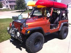 Jeep TJ with a couple kayaks on top  #jeep #tj #wrangler