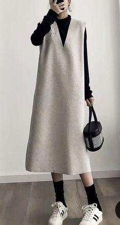 Modest Fashion Hijab, Modesty Fashion, Muslim Fashion, Korean Fashion, Fashion Dresses, Stylish Work Outfits, Casual Outfits, Tienda Fashion, Minimalist Fashion