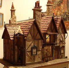 leaky cauldron harry potter miniature dollhouse