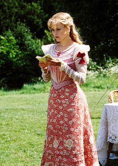 Reese Witherspoon in 'The Importance of Being Earnest' (2002).