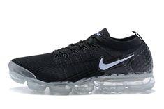 Nike Air Vapormax Flyknit 2 Black White Nike Air Max Shoes, Nike Air Max Running, Nike Air Vapormax, Mens Nike Air, Black Running Shoes, Black Shoes, Milan Fashion Weeks, New York Fashion, Runway Fashion