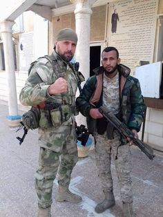 VDV 45th Spetsnaz Regiment with a Syrian Soldier [600x800]