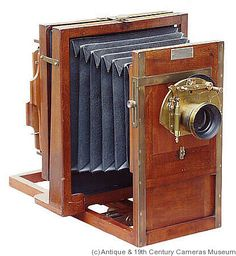 History of Field View Cameras:Flammang's Patent Revolving Back Camera