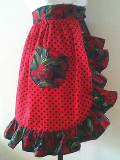 How to sew a rock n roll frilly apron. I love this! Maybe with just regular black instead of those flowers though =p