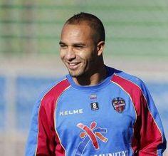 Nabil El Zhar - Últimas fotos del Levante UD
