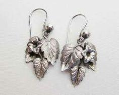 Ivy earrings