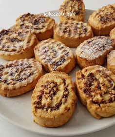 İncirli Kurabiye Tarifi – Mutfakgram food breakfast – Very Recipes 2020 Cookie Recipes, Dessert Recipes, Desserts, Fig Cookies, Turkish Recipes, Meatball Recipes, Fish And Seafood, Food Presentation, Health And Nutrition