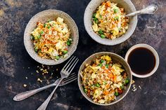 Try Fried rice by FOOBY now. Or discover other delicious recipes from our category main dish. New Recipes, Vegan Recipes, Dinner Recipes, Vegan Food, Risotto Rice, Vegetarian Cabbage, Chinese Cabbage, How To Cook Rice, Frozen Peas
