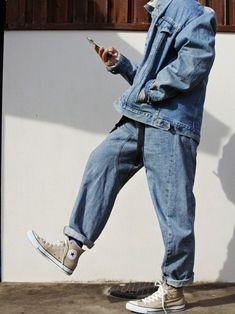 summer fashion, fashion for summer, trendy outfit for summer, street style, summer street style, menswear, denim on demin, all denim outfit, oversized jeans, denim jacket, Converse Moda Outfits, Retro Outfits, Trendy Outfits, Vintage Outfits, Fashion Outfits, Tumblr Outfits, Jean Outfits, Sweater Outfits, Moda Streetwear