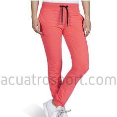Pantalon de chandal Only Play modelo lina sweat pants en color coral para mujer.   Cintura elástica y con cordón para una sujeción perfecta.   Detalles del logo y nombre de la marca en la parte delantera y posterior.   Dos bolsillo en la parte delantera.   Composición: 100% Algodón. Only Play, Fitness, Coral, Sweatpants, Fashion, Templates, Elastic Waist, Sweat Pants, Exercises