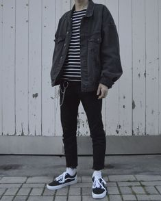 Streetwear daily - - - Check out our clothing label: /threadssupplyco ** Grunge Outfits, Mode Outfits, Casual Outfits, Fashion Outfits, Hipster Outfits Men, Hippie Outfits, Fashion Ideas, Fashion Apps, Fashion Hashtags