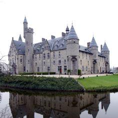 Bornem kasteel ,'Het kasteel van Bornem – 1000 jaar geschiedenis'