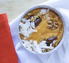 Carrot Cake Smoothie Bowl Recipe #carrotcake #recipe #smoothiebowl #smoothie