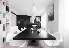 Cách thiết kế linh hoạt tạo cho căn hộ một không gian sống mở, đặc biệt là khu vực phòng khách rộng rãi, thể hiện sự trang trọng và rất tinh tế