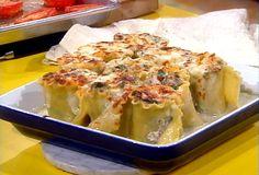 Spinach and Mushroom Lasagna Roll-ups with Gorgonzola Cream Sauce from Rachel...Yummo!