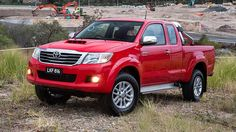 2014 Toyota Hilux red