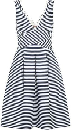 Pin for Later: Egal was für ein Budget: Seid der am besten gekleidete Hochzeitsgast $350 und mehr Halston Heritage Striped Matte-Satin Dress ($395)