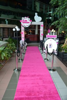 Pink carpet at entrance