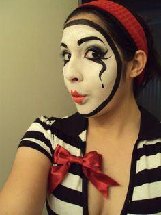 DIY Halloween Makeup / Halloween Mask makeup - Fereckels