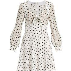 Miu Miu Cat-print long-sleeved silk dress (12,450 GTQ) ❤ liked on Polyvore featuring dresses, white multi, white long-sleeve dresses, white sweetheart dress, sweetheart neckline dresses, long sleeve dress and cat print dress
