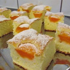 Reteta Prajitura cu caise si iaurt Sweets Recipes, Baby Food Recipes, Cookie Recipes, Romanian Desserts, Tasty, Yummy Food, Sweet Treats, Deserts, Food And Drink