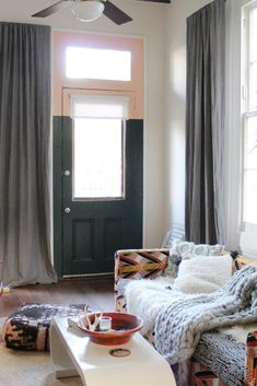 Our Dark Grey Laundered Belgian Linen Drapes in the home of Liz Kamarul. Liz chose Laundered Linen for a lived-in look that fit her eclectic decor. Eclectic Windows, Eclectic Decor, Buy Windows, Custom Drapes, Shades Blinds, Window Coverings, Mudroom, Decoration, Dark Grey