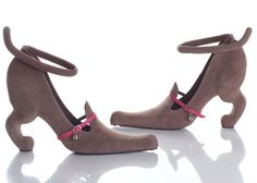 15 Cool and Unusual Shoes on this web site...LOL!