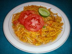 noodles with bean sprouts (Aceh : mi goreng kering pakek toge)