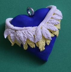 Just a pendant idea. I Have Done, Polymer Clay, Cat, Pendant, Desserts, How To Make, Food, Tailgate Desserts, Meal
