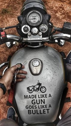 Royal Enfield Hd Wallpapers, Concept Bmw, Royal Enfield Classic 350cc, Royal Enfield Logo, Royal Enfield India, Bullet Bike Royal Enfield, Royal Enfield Accessories, Royal Enfield Modified, Ns 200