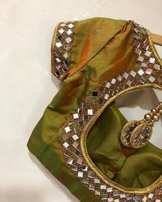 Shine bright like a diamond ! Get amazing designer blouses from Ishithaa to light up your boring saree days . Ping on 9884179863 to book an appointment. 23 May 2018 Mirror Work Saree Blouse, Mirror Work Blouse Design, Sari Blouse, Blouse Neck, Simple Blouse Designs, Stylish Blouse Design, Simple Designs, Kerala Saree Blouse Designs, Designer Blouse Patterns
