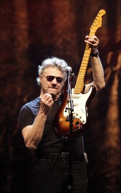 Steve Miller~ my idol my inspiration 😅 😘😘😘😘😘😘 Steve Miller Band, The Answer To Everything, Best Guitarist, Music Theater, Great Bands, Playing Guitar, Artist Art, Rock Music, My Idol