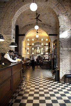Bar & Restaurant Splendor Parthenopes | Rome, Italy