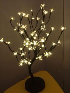 Luminária de Flor de Cerejeira com 64 Luzes de Led