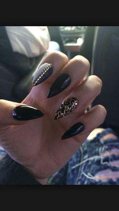 Black /. Gold