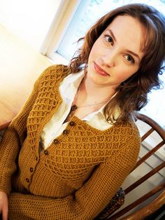 Peanut Butter Cardigan By Linda Permann - Purchased Crochet Pattern - (ravelry) I like this, but not the color