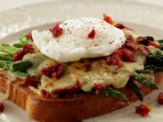 Croque Hers recipe from Jeff Mauro via Food Network