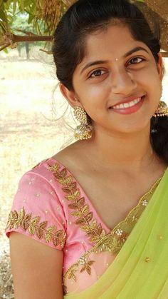 Trendy silk saree blouse designs catalog - indian fashion ideas indian fashion i Wedding Saree Blouse Designs, Silk Saree Blouse Designs, Blouse Neck Designs, Silk Sarees, Drape Sarees, Indian Sarees, Blouse Designs Catalogue, Simple Blouse Designs, Designer Blouse Patterns