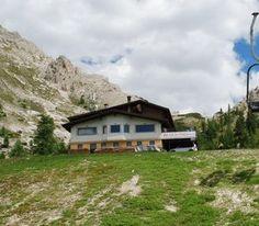 Rifugio Col de Varda Belluno Dolomiti Veneto Italia
