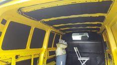 T5 isolieren& Bodenplatte isolieren -Warum sollte man deinen T5 Isolieren & Bodenplatte isolieren?- Kondenswasser vermeiden- günstig & richtig isolieren Minivan Camping, Vw T5 Camper, Diy Camping, Campervan, Van Life, T5 Transporter, Travel, Camper Van Conversions, Camper Remodeling